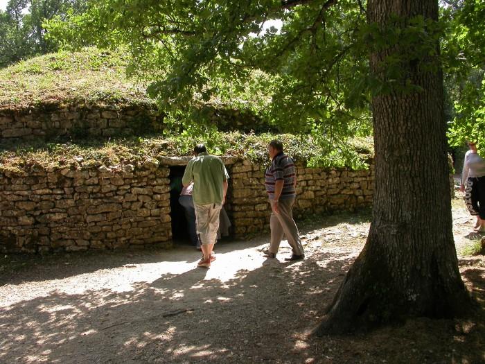 Tumulus de Bougon la Nécropole